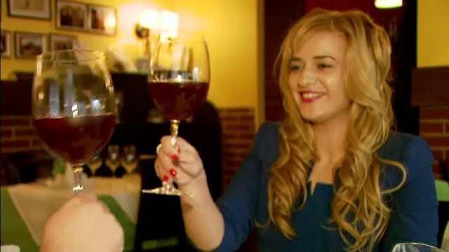 Coada de taur fiarta in vin rosu si stridii. Meniurile
