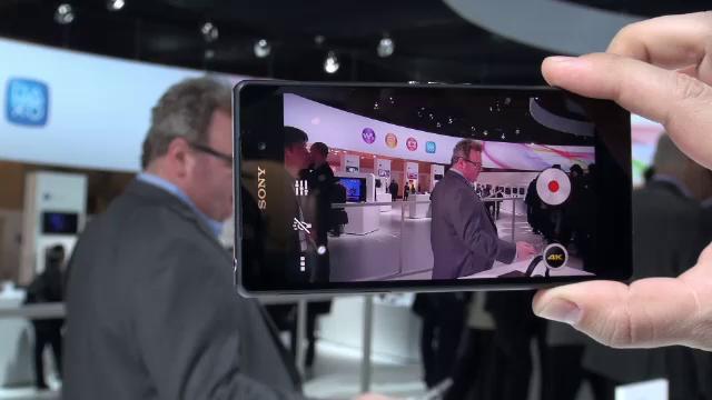 iLikeIT. Galaxy S5, cea mai asteptata lansare de la Barcelona. Nokia a lansat primele telefoane cu Android. Noul Sony Z2