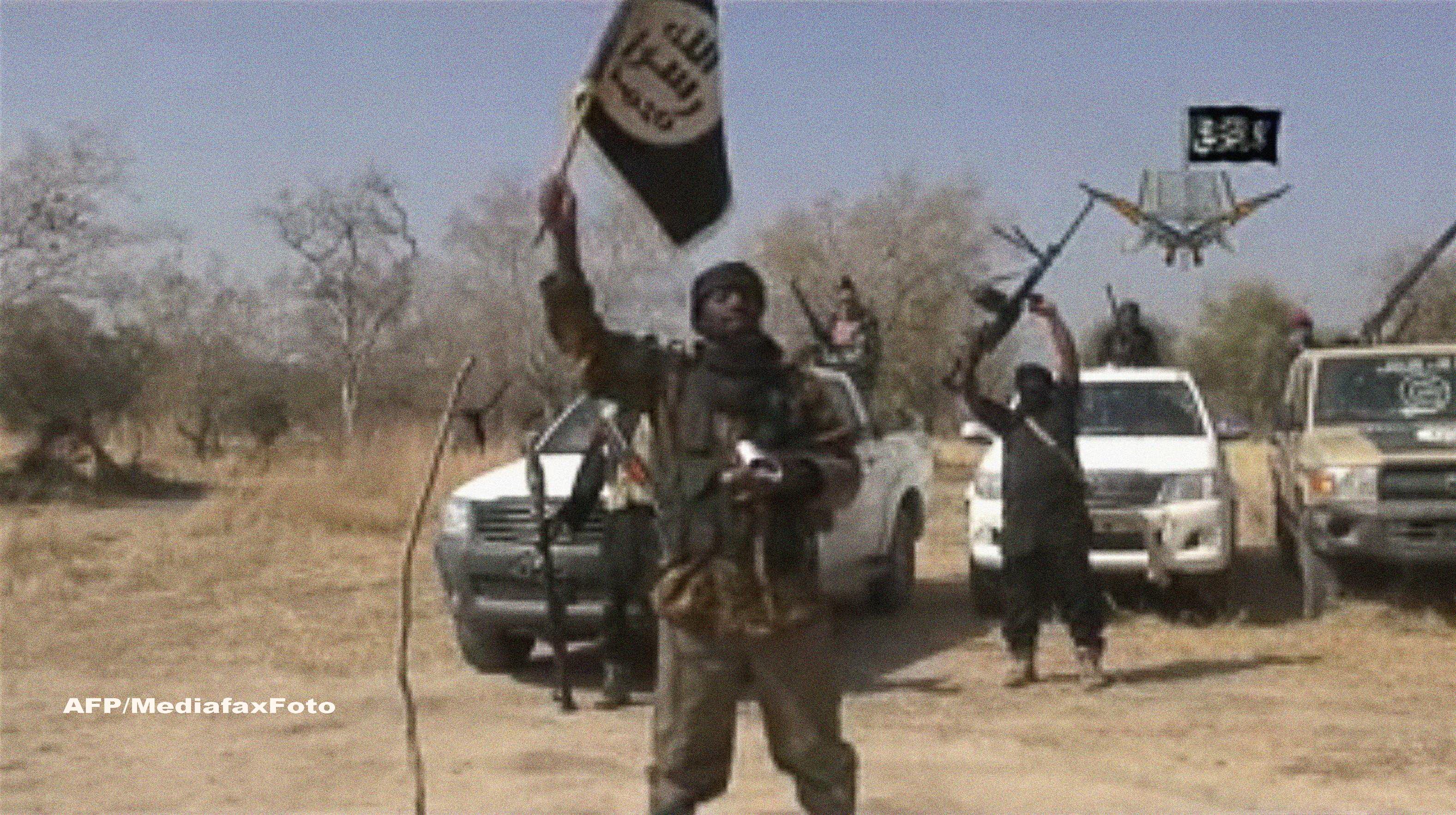 Atac sangeros cu cel putin 65 de victime intr-un sat din Nigeria. Ce au facut teroristii Boko Haram dupa ce au ars casele