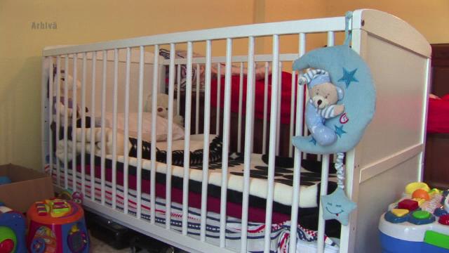 Fetita de 4 ani, cu leziuni grave la ficat si picioare, la spitalul din Iasi. Asistenta maternala sustine ca nu a agresat-o