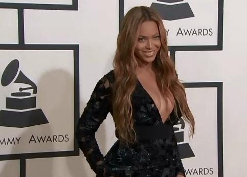 Beyonce, in centrul unui scandal imens. Imagini neretusate cu artista din timpul unei sedinte foto L'Oreal, scapate pe net