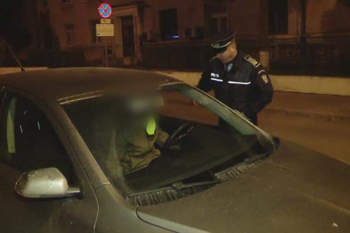 Tineri prinsi drogati la volan in urma unei razii de rutina a politistilor din Iasi. Acestia s-au ales cu dosare penale