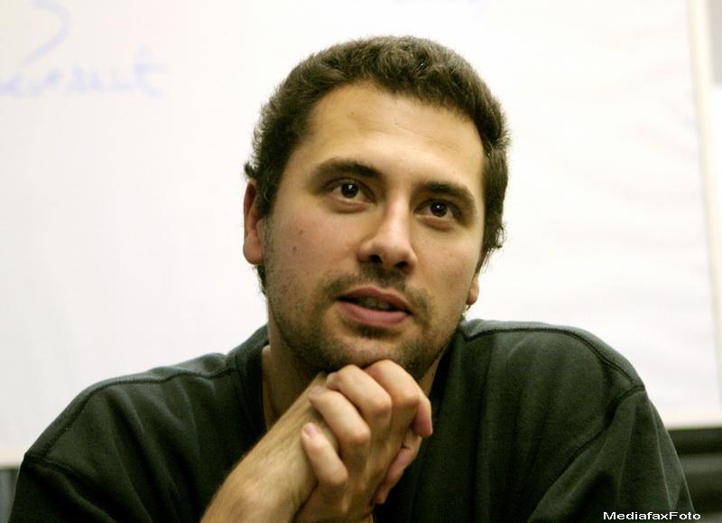 Un film românesc, regizat de Radu Jude, a câştigat pentru prima dată Globul de Cristal de la Karlovy Vary