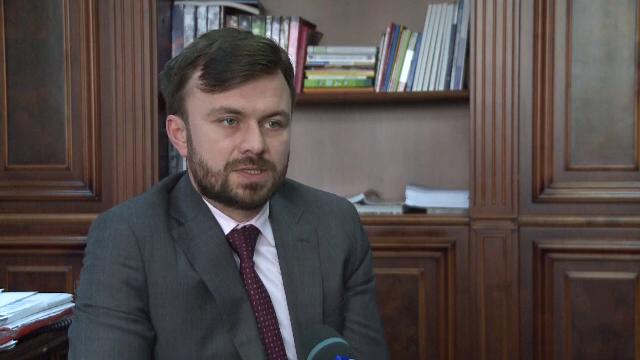 Din Piata Universitatii, in birourile Guvernului. Misiunile contra-cronometru ale tinerilor care vor sa resusciteze Romania