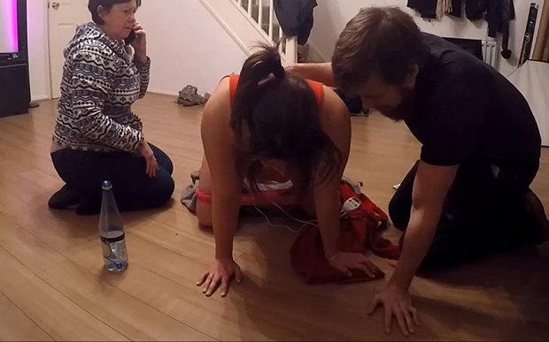 Logodnica lui a intrat in travaliu si a pornit camera pentru a filma momentul. Ce a urmat i-a uimit pe amandoi. VIDEO