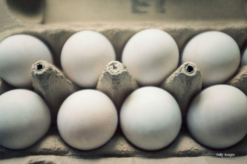 Si-a facut un ou fiert, dar ce a gasit in interiorul lui l-a dezgustat teribil: