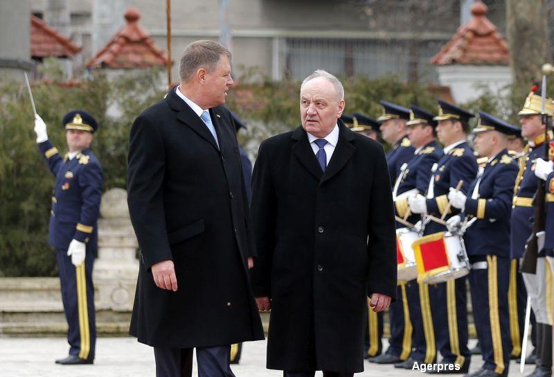 Klaus Iohannis l-a primit la Cotroceni pe Nicolae Timofti. Romania va acorda R. Moldova un ajutor umanitar