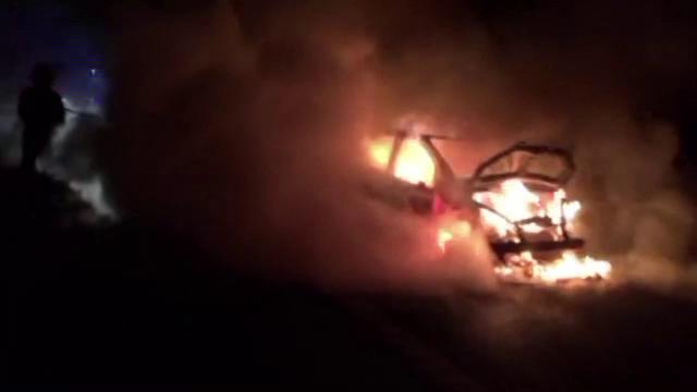 Incendiu puternic pe A3, dupa ce o masina a luat foc si s-a facut scrum. Cum a reusit soferul sa se salveze