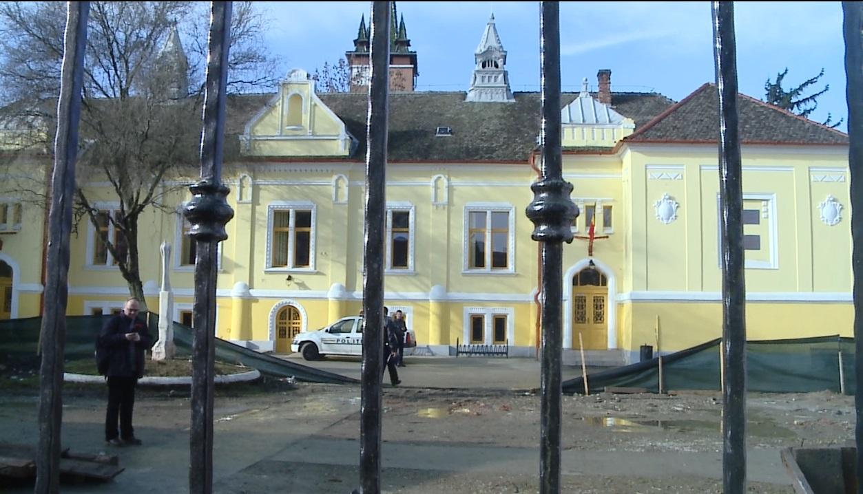 Un barbat de 56 de ani din Cluj a ajuns la spital cu rani grave in urma unui accident de munca