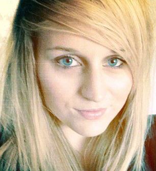 Tanara de 24 de ani, gasita moarta de catre logodnic. Cum a incercat femeia sa scape de insomnie