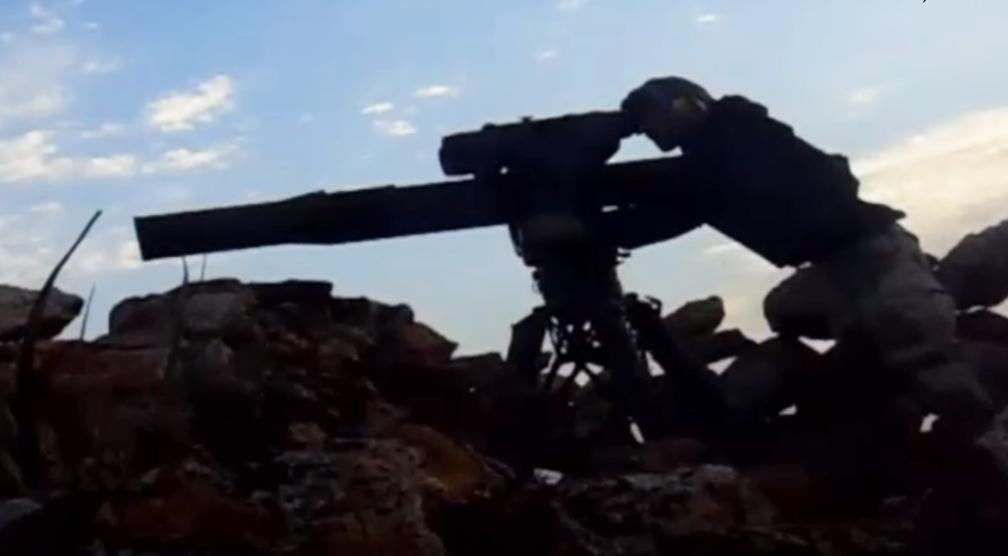 Momentul in care un tanc rusesc este lovit de o racheta AMERICANA a fost filmat.