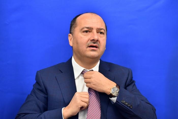 """Dăncilă îl demite pe Borza după declaraţiile despre concedieri. """"Unii din PSD s-au inflamat"""""""