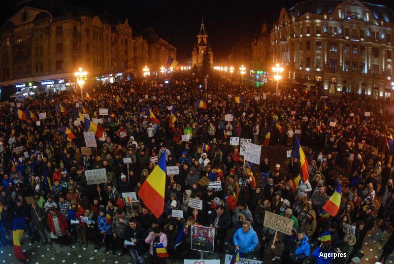 Manifestatii cu mii de oameni in toata tara. Timisorenii au preluat haka islandeza de la EURO 2016: