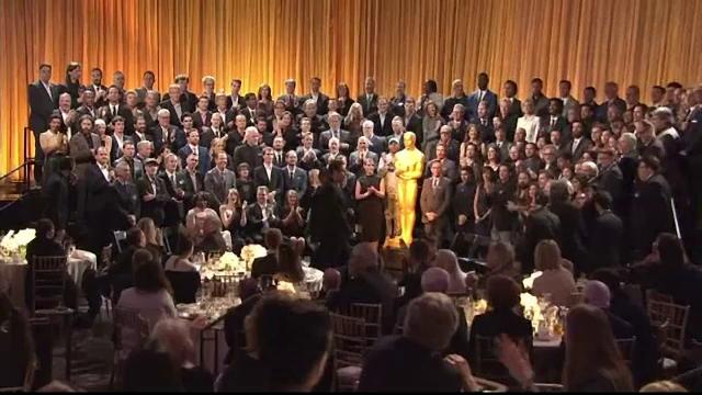 165 de invitati la dineul nominalizatilor Oscar din Beverly Hills. Tinutele cu care vedetele au atras toate privirile