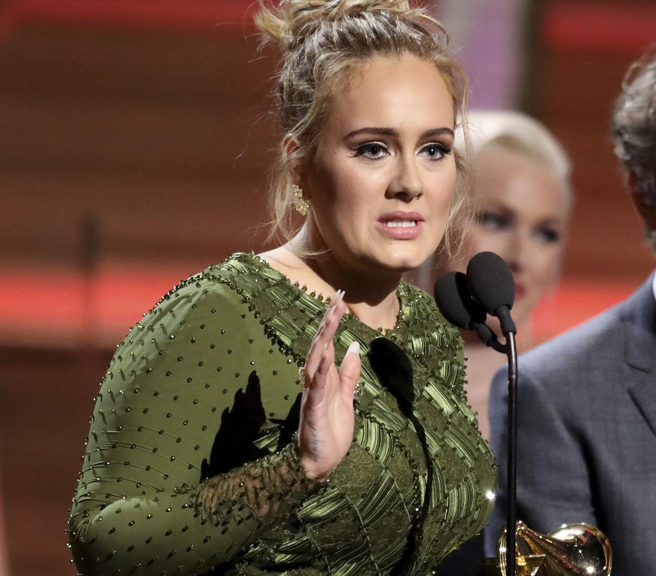 Adele, marea castigatoare a premiilor Grammy. Artistei