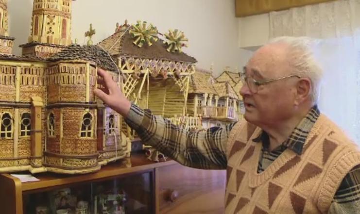 Talentul uimitor al unui pensionar din Iasi, care construieste casute in miniatura. Care este cea mai pretioasa macheta