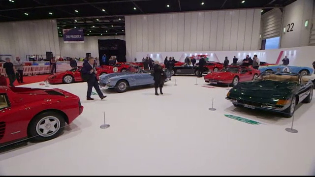 Mercedes cotat la un milion si jumatate de euro, la o expozitie de masini clasice in Londra. Ce alte modele au fost prezente