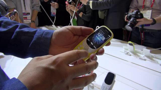 iLikeIT. Noul Nokia 3310, testat de George Buhnici. Cat ar putea costa telefonul in Romania