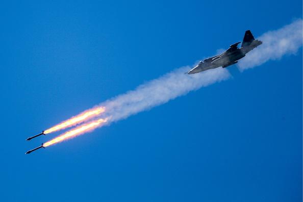 Rusia reacționează după ce rebelii sirieni au doborât avionul. Raiduri aeriene intensificate