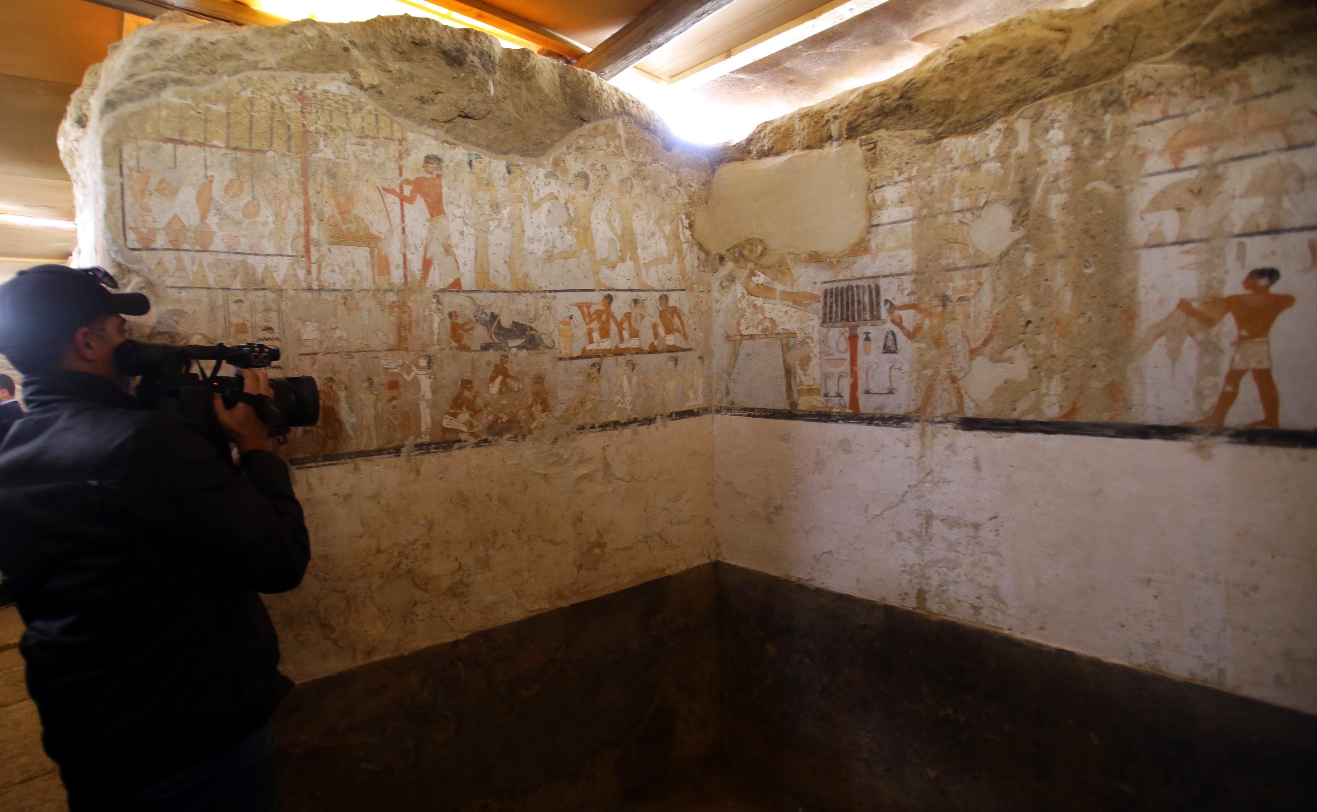 Descoperire importantă într-un cimitir din apropierea celebrelor piramide din Giza