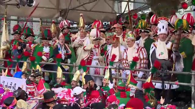 Cel mai mare carnaval din Germania a început la Koln. Solicitarea autorităților către participanți