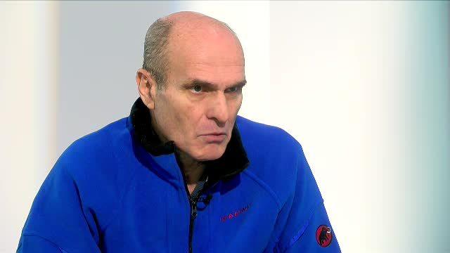 """Cristian Tudor Popescu se vaccinează cu AstraZeneca: """"Dacă se întâmplă să nu ne mai vedem.."""""""
