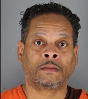Un american a fost arestat, după ce și-a sechestrat și violat fiicele gemene