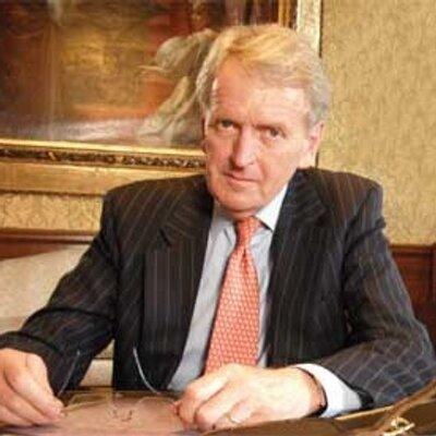Ambasadorul britanic, desfigurat de un adolescent după ce acesta l-a jignit