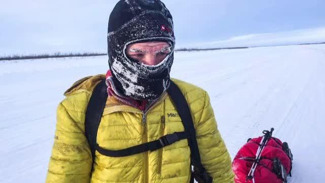 Ușeriu a început ultramaratonul de la Cercul Polar. Cursa infernală, live pe internet