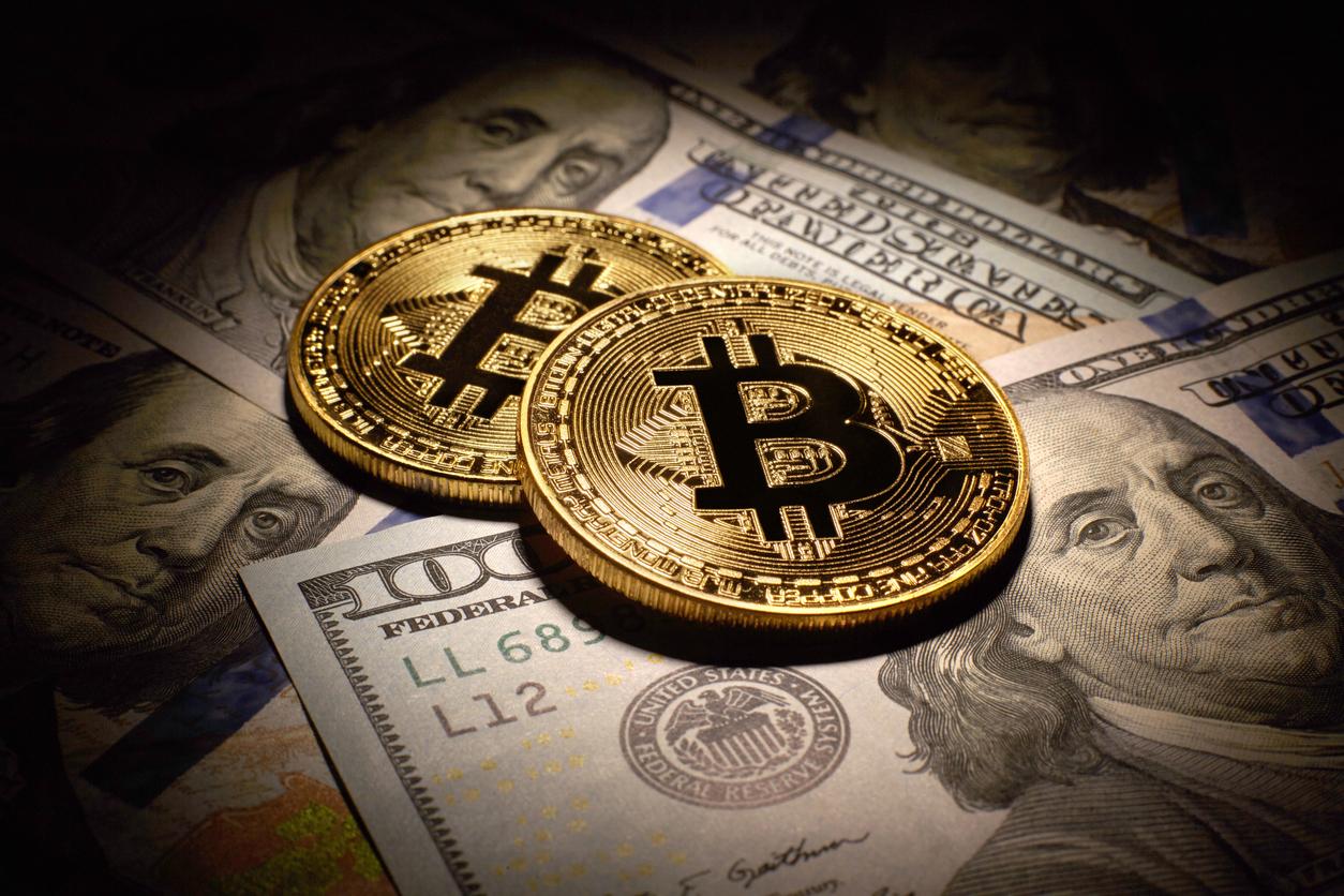 Bitcoin a atins marţi cel mai ridicat nivel din ultimii trei ani