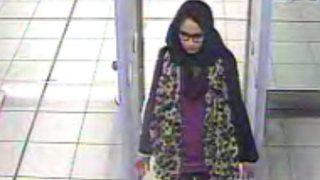 Tanara care a fugit la Statul Islamic e gravida si vrea înapoi acasa. Ce a patit soțul ei