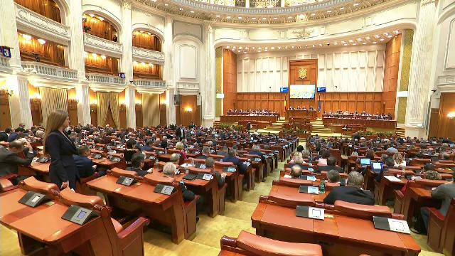 Camera Deputaților a luat act de demisiile mai multor parlamentari, printre care Ciolacu și Barna