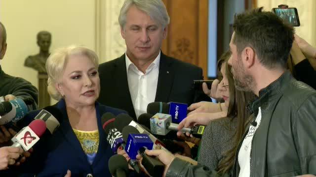"""Premierul Dăncilă, întrebată de Alex Dima de starea autostrăzilor: """"Aveți un fix!"""""""
