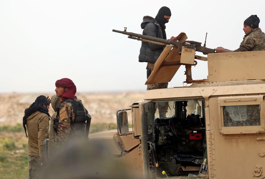 Asalt împotriva ultimei baze a Statului Islamic din Siria. Mii de civili au fost evacuați