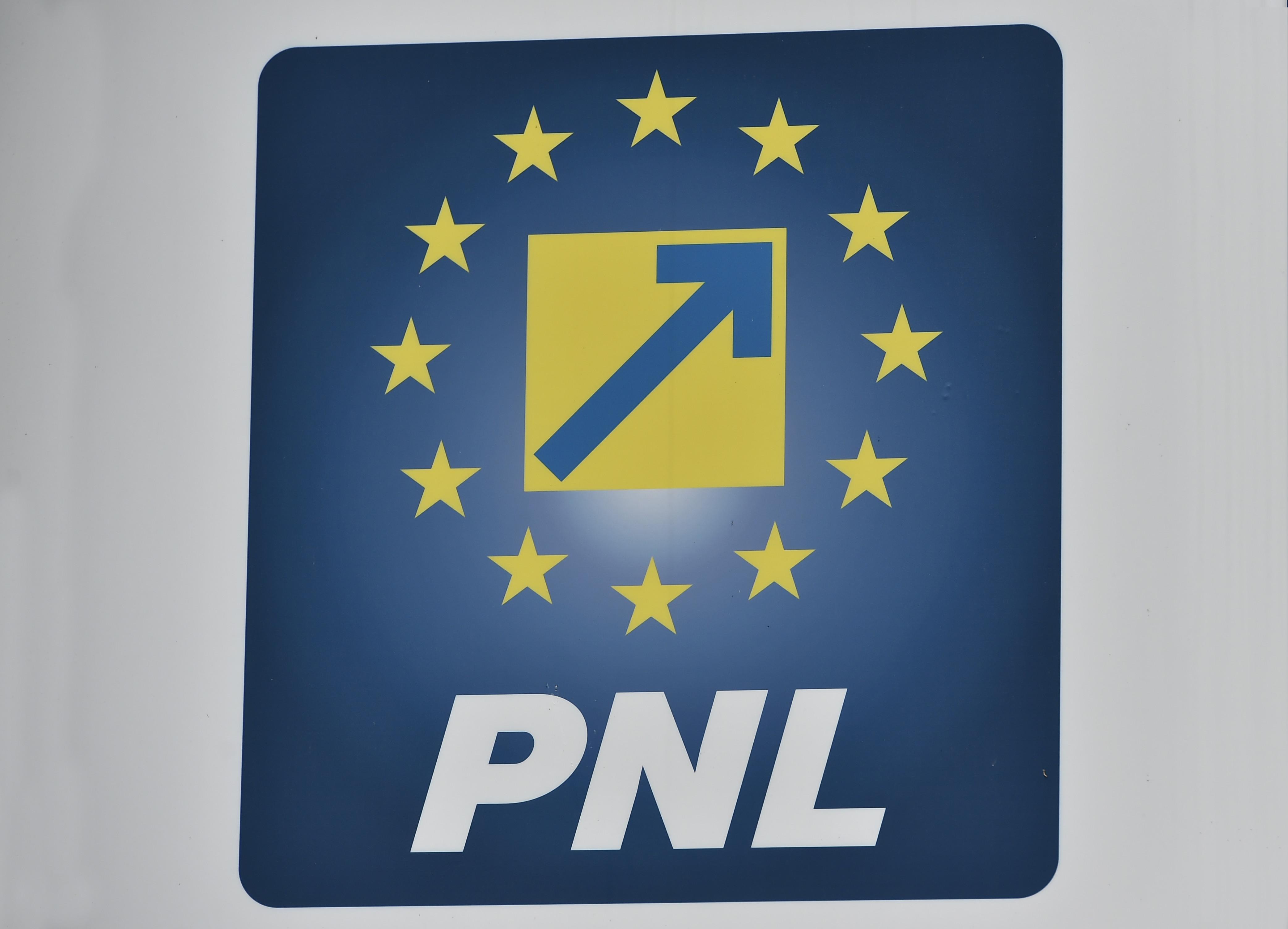 """PNL cere USR-PLUS să renunțe """"imediat"""" la colaborarea cu AUR, """"formaţiune extremistă"""""""