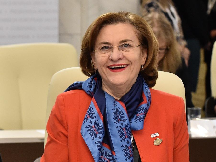 Recorder.ro: Maria Grapini a publicat un roman de dragoste cu pasaje luate de pe Wikipedia
