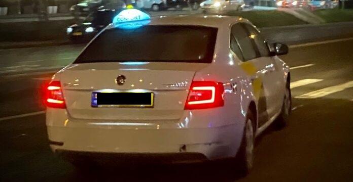 Bărbat cu Covid-19, transportat de la Jilava la spital, a reușit să ia un taxi și să fugă
