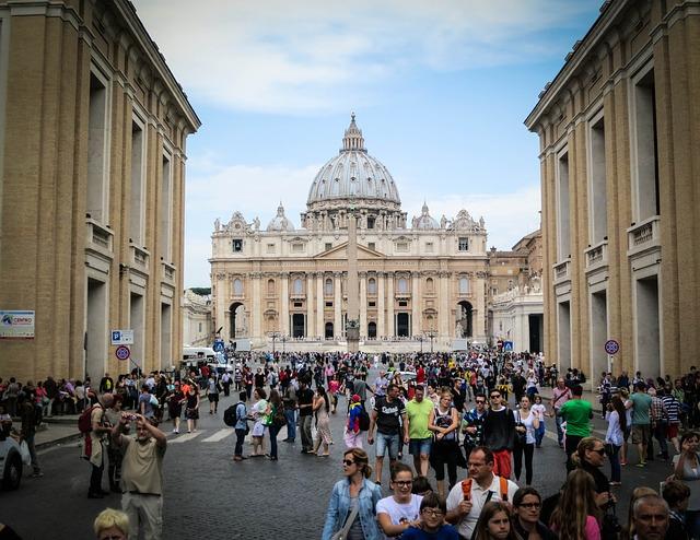 Vaticanul se opune unui proiect de lege italian împotriva homofobiei
