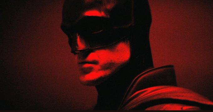 Primele imagini cu Robert Pattinson în rolul lui Batman. Când ar putea apărea filmul