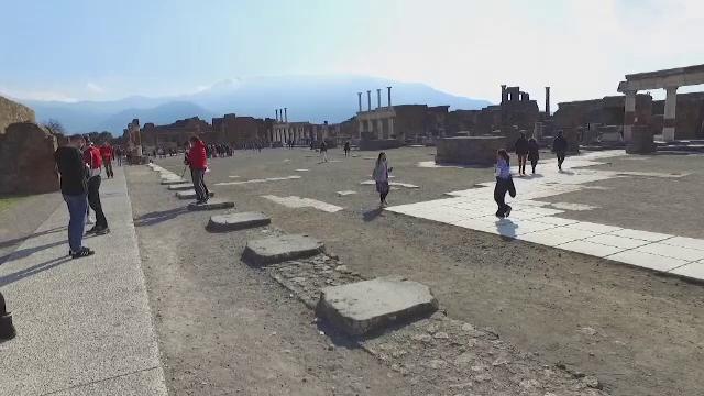 Orașul antic Pompeii își deschide porțile pentru turiști. Principalele atracții