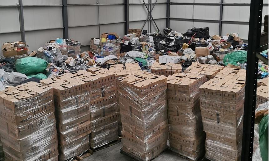 Containere cu deșeuri, aduse în România pe vapoare. În acte apăreau ca obiecte second-hand