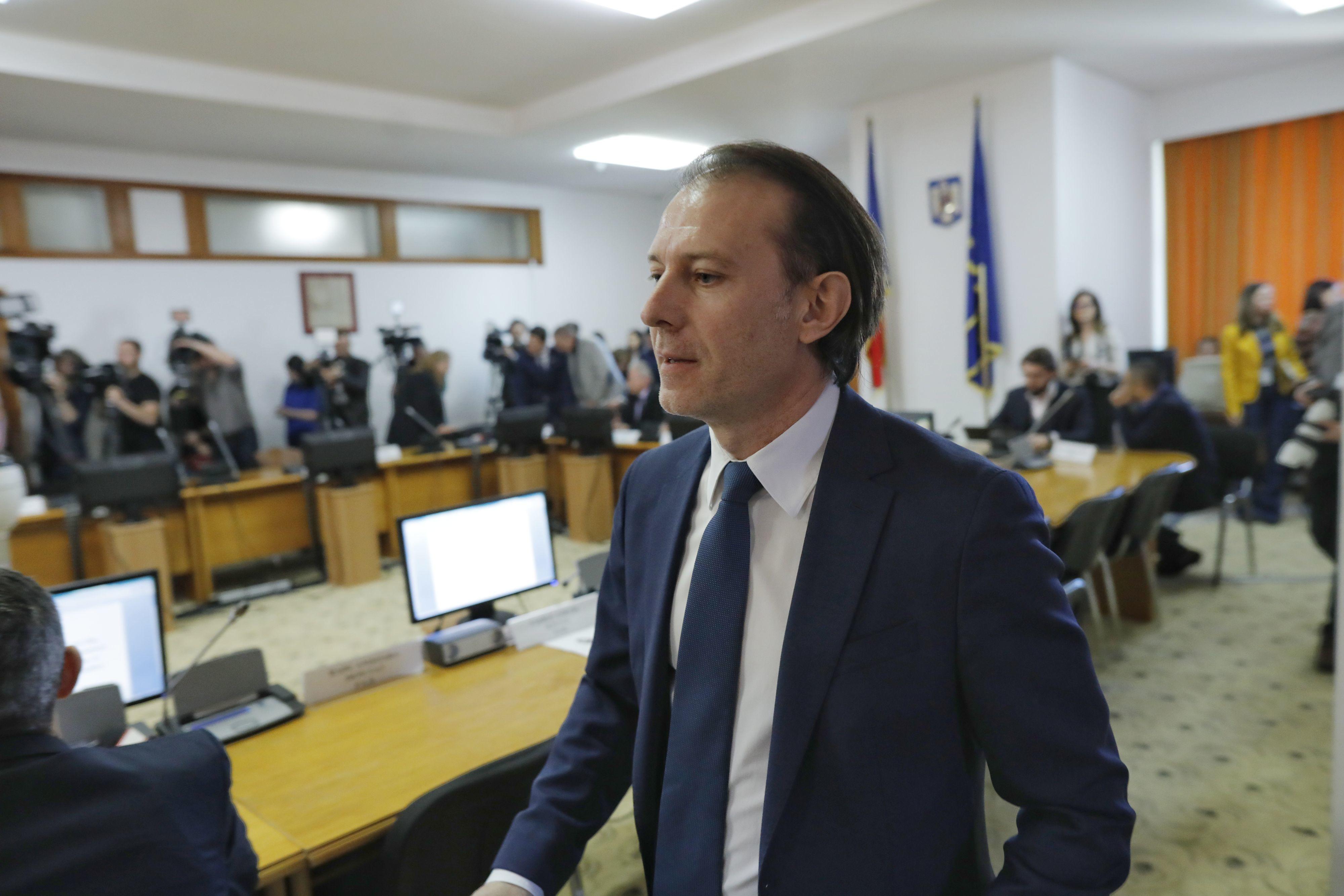 Premierul Cîțu:
