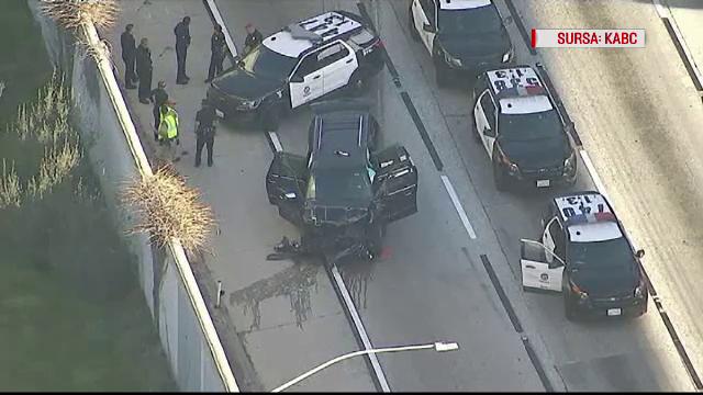 Cursă nebună pe autostradă cu o mașină mortuară. Hoțul a furat un dric cu tot cu sicriu
