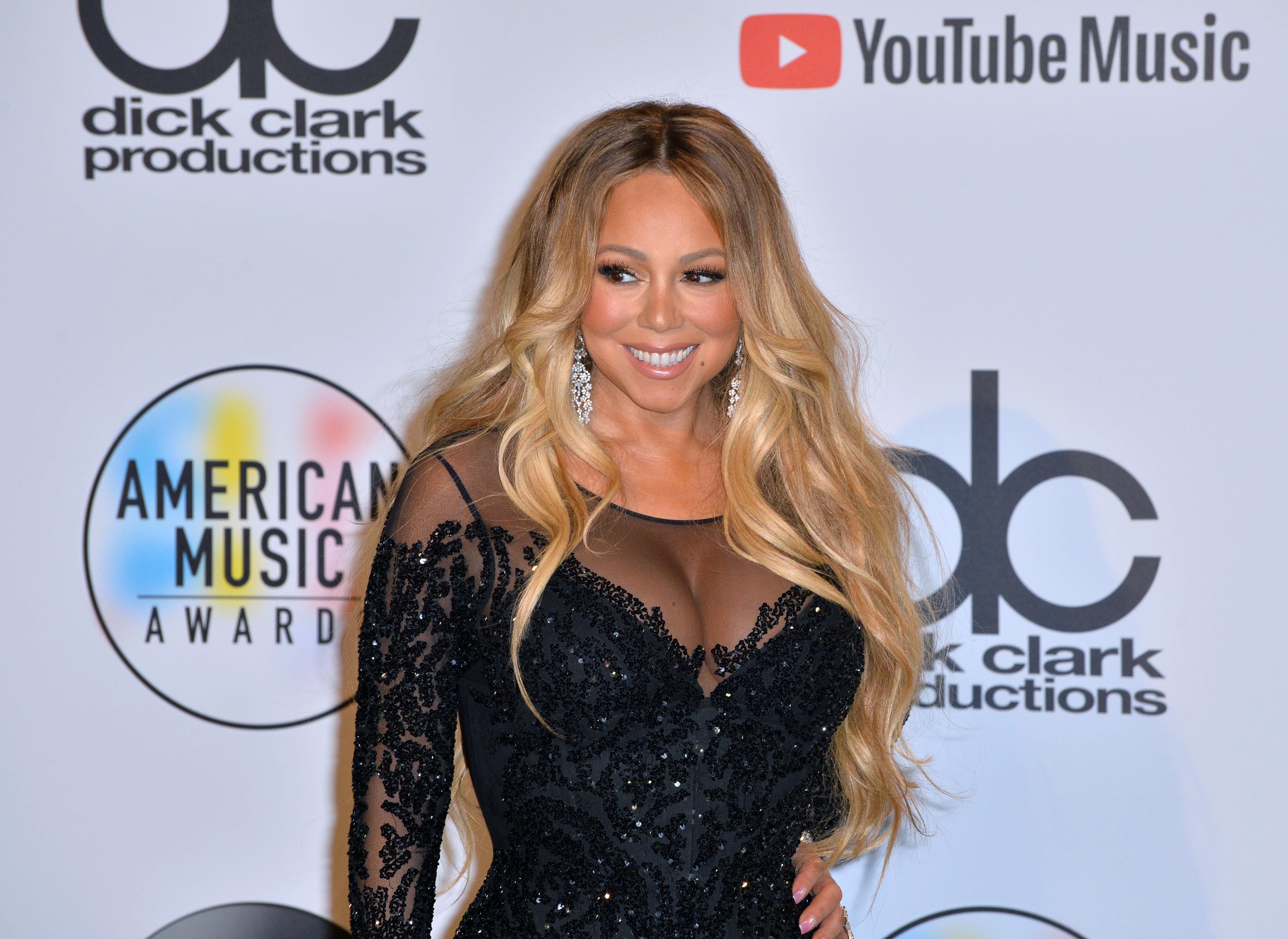 Mariah Carey a fost dată în judecată de sora ei. Pentru ce îi cere 1,25 de milioane de dolari