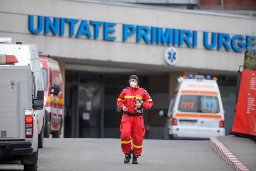 Coronavirus România, bilanț 11 aprilie. 3.302 cazuri noi și 129 de decese. Record de pacienți la ATI