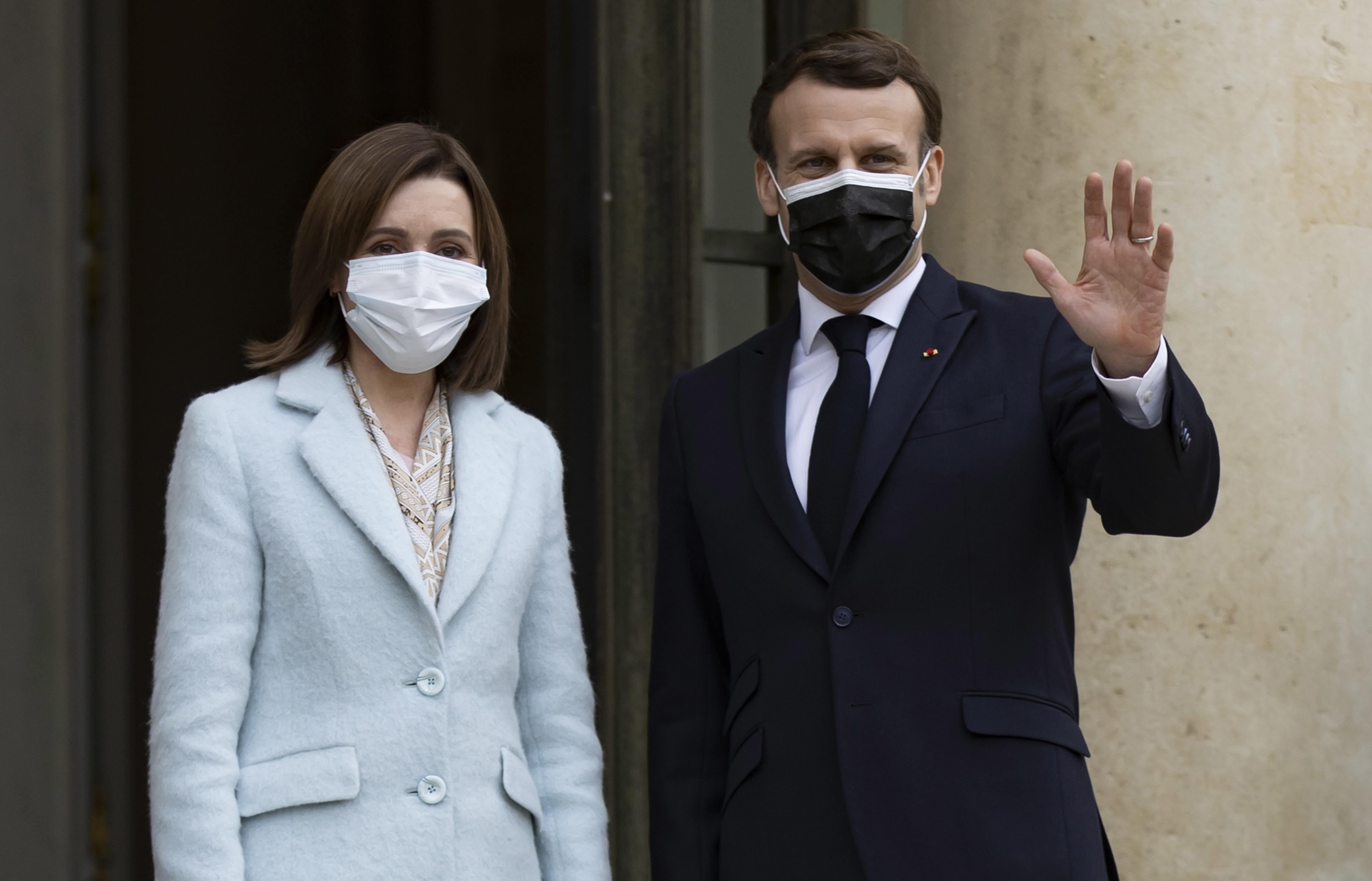 Președintele Franței o îndeamnă pe Maia Sandu să facă