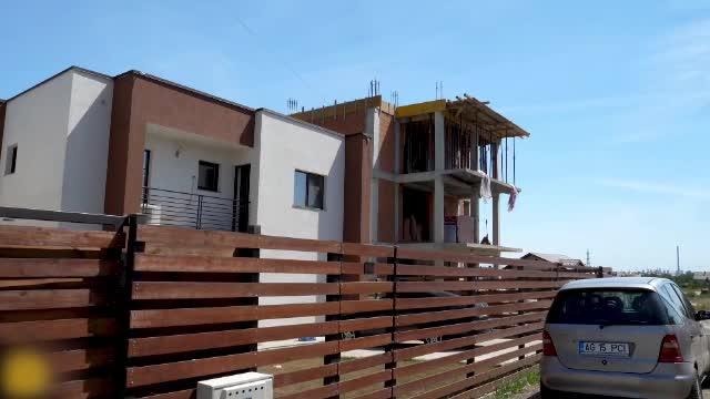 Românii s-au grăbit să își cumpere case în pandemie. Cu cât s-a vândut o locuinţă din Baloteşti