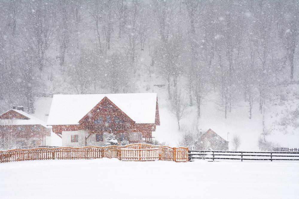 Vremea azi, 6 februarie. Iarnă în toată regula în Moldova, 18 grade în Banat