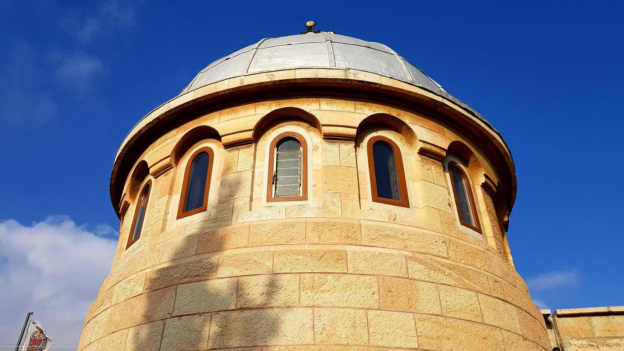 Un extremist israelian a atacat cu un bolovan biserica românească din Ierusalim