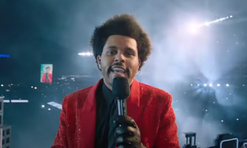 The Weeknd, show electrizant la Super Bowl, cu dansatori cu chipuri bandajate